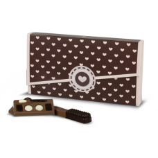 chic bag with chocolates for women