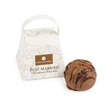 chocolate praline, a single praline, chocolate for wedding guests